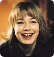 Lilya (Oksana Akinshina) happy